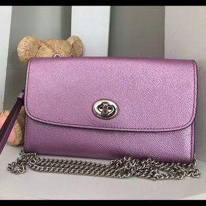 COACH: Chain Crossbody (Lilac)
